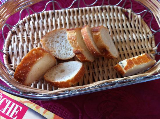 Le Relais Romain : Even the bread was excellent.
