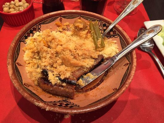Le Berbere : Couscous Merguez et belle assiette de sauté d'agneau. Succulent!
