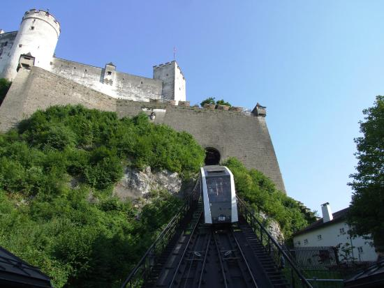 Fortress Hohensalzburg: Funicular railway up to the Fort