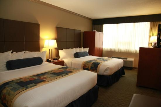 Best Western Plus Barclay Hotel: Our Double Queen suite