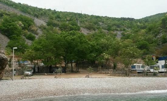 Camp Ujca: seaside