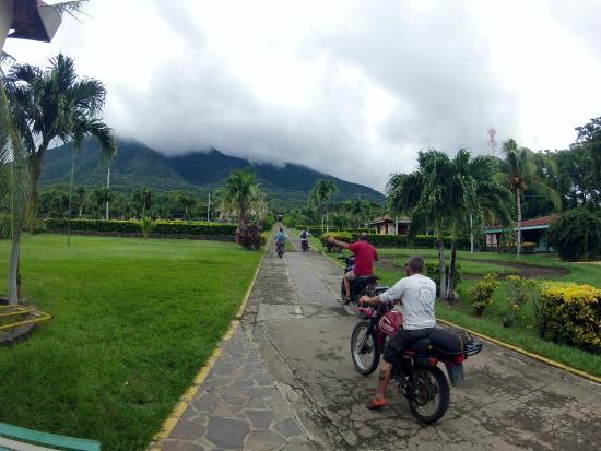 San Juan del Sur, Nicaragua: Ometepe Island Moto Monday