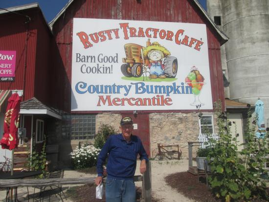 Egg Harbor, WI: Front view of Rusty Tractor