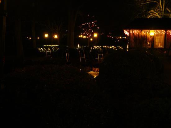 Zum Hackstück: Die Außen anlage zur Weihnachtzeit