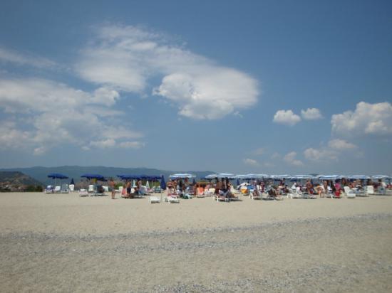 Бадолато, Италия: spiaggia