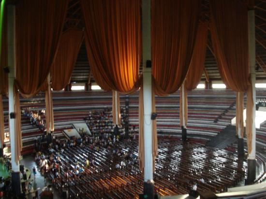 Cuiaba, MT: Interior do Grande Templo