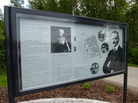 Ainola (Jean Sibelius House) : An interpretation board by the entrance to Ainola