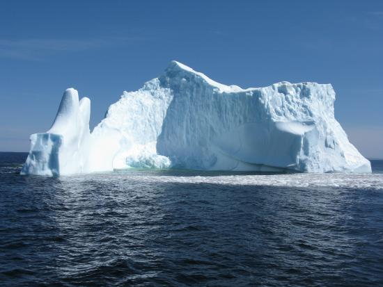 Mary's Harbour, Canadá: large iceberg