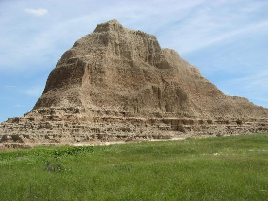 Castle Trail: Backdrop for prairie hike