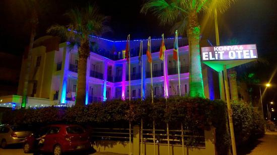 Elit Otel: Вид на отель