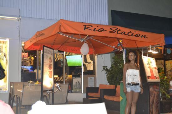 Rio Station: Frente