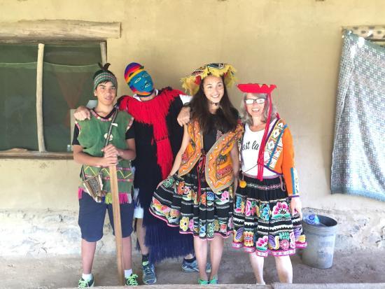 Inka Altitude: Traditional wearing .