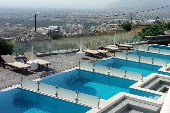 Villa Ilias Hotel Santorini Greece
