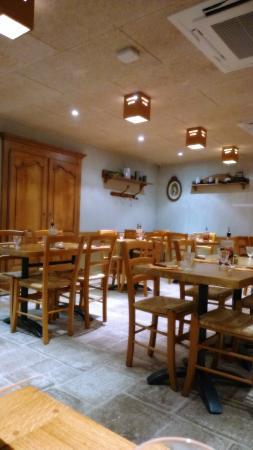 Tabla Pizza : salle en mezzanine