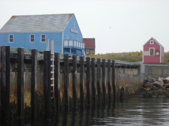 Saint-Pierre and Miquelon: Dockside