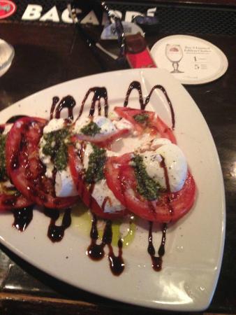 Magnolias Seafood Bar & Grill: Caprese Salad