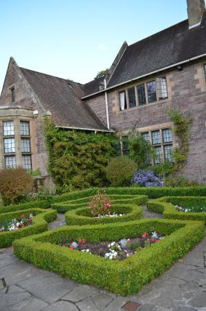 Gean House: Victorian garden