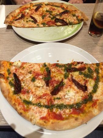 Dall'artista: Pizza