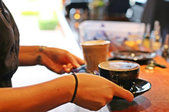 Wheelers Seafood Restaurant and Oyster Farm: Espresso coffee and loose leaf tea...