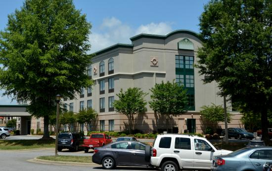 Wingate by Wyndham Mooresville: Convient to Everything