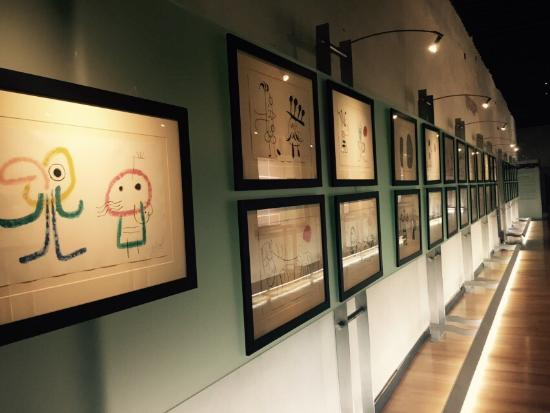 Pedro Coronel Museum (Museo de Pedro Coronel): Beautiful place. One get to know more about this fascinating painter and art collector