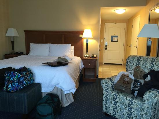 Hampton Inn Ellsworth / Bar Harbor: King Bed