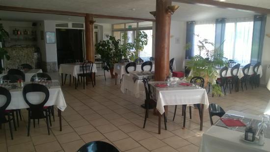 hotel restaurant douce france saint alban auriolles voir les tarifs et 39 avis. Black Bedroom Furniture Sets. Home Design Ideas