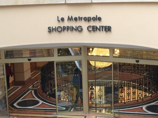 le metropole picture of le metropole shopping center. Black Bedroom Furniture Sets. Home Design Ideas