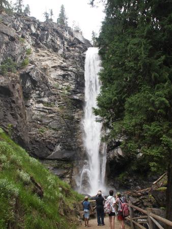 Rainbow Falls Stehekin lower viewing area