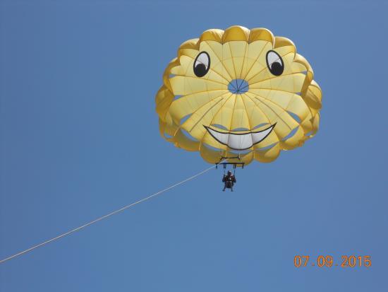 Happy Flights Cabo Parasailing: Ron's parasailing adventure
