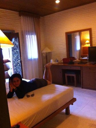 Wina Holiday Villa Hotel: Kamar cukup nyaman