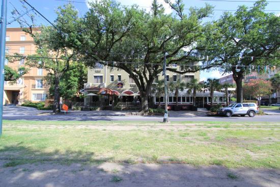 BEST WESTERN PLUS St. Charles Inn: Face avant