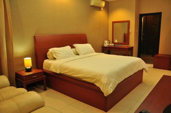 Minahasa Hotel Manado: Suite Room