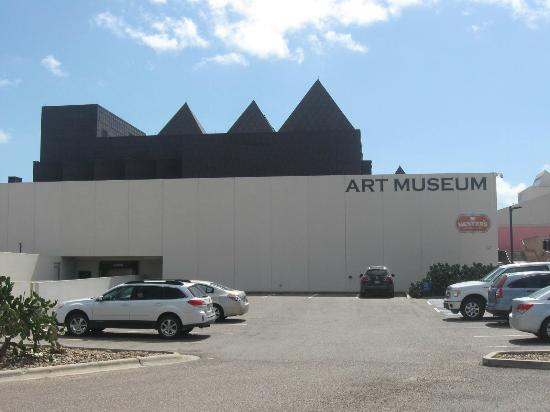 South Texas Institute for the Arts: Art Museum of South Texas parking lot/entrance