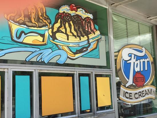 Farr Better Ice Cream: Nice Art Outside