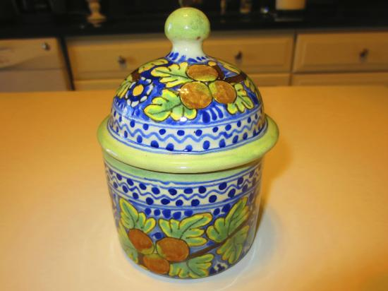 Majolica Antica: Modern Covered Dish