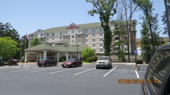 Hilton Garden Inn Columbia - Harbison: Outside of the hotel
