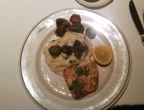 Truluck's Seafood, Steak and Crab House : Grilled Chilean Sea Bass