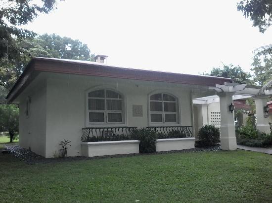 Clark Mimosa Montevista Villas: Typical villa