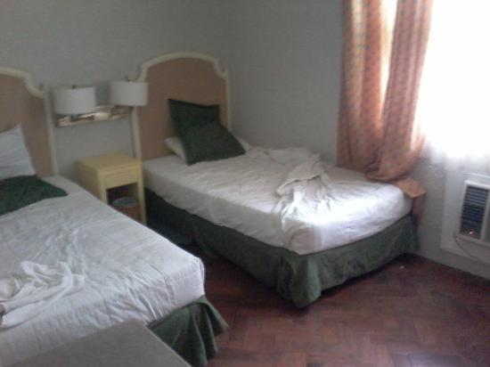 Clark Mimosa Montevista Villas: One of the bedrooms