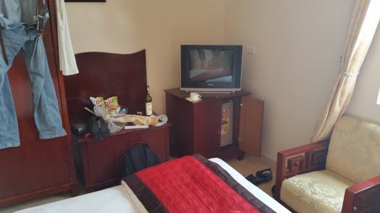 Luxury Hotel: Телевизор не включал