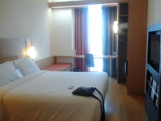 Hiasan kemerdekaan dan interior yang menarik dengan for Dekor kamar tidur hotel