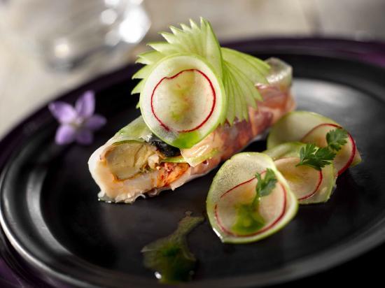 Homard r ti et son risotto au caviar d 39 aubergine fum for Cuisine bleu