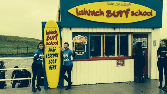 ‪Lahinch Surf School‬