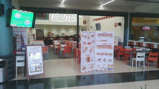 Restaurantes Gigantes Brutus Avila