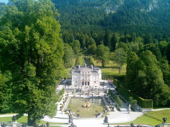 ATLAS Sporthotel: Замок