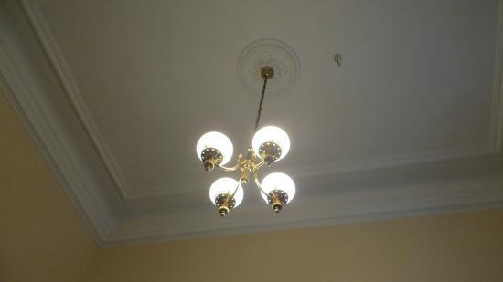 sehr hohe r ume bild von hotel slovan pilsen tripadvisor. Black Bedroom Furniture Sets. Home Design Ideas