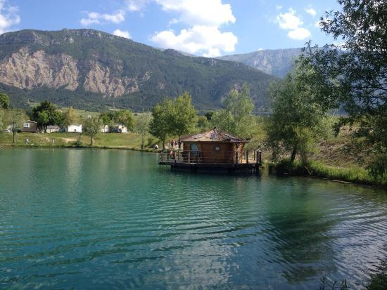Le Lac Bleu