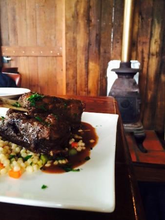 Phillips Brook Estate: Beef ribs