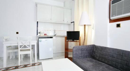 Apart-Hotel La Palmera: All rooms have aircon